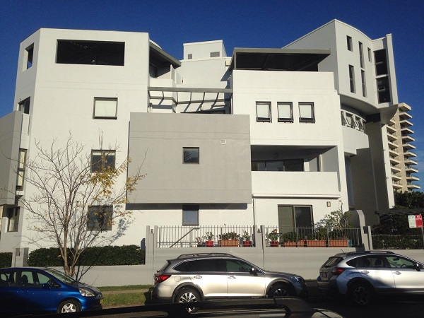 Hi-rise painter Sydney and how to choose a licensed painter with Summit Coatings